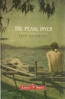 The pearl diver [large print] : a novel