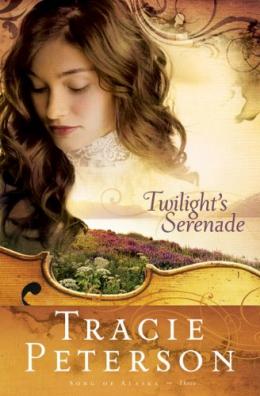 Twilight's Serenade [large Print]